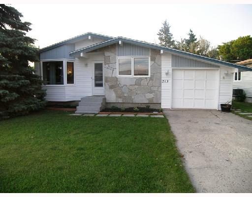 Main Photo: 213 WELLINGTON Avenue in MORRIS: Manitoba Other Residential for sale : MLS® # 2815532