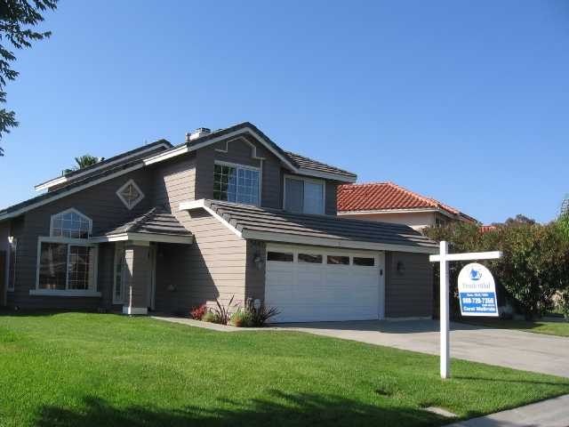 Main Photo: OCEANSIDE House for sale : 3 bedrooms : 5442 Elderberry Way