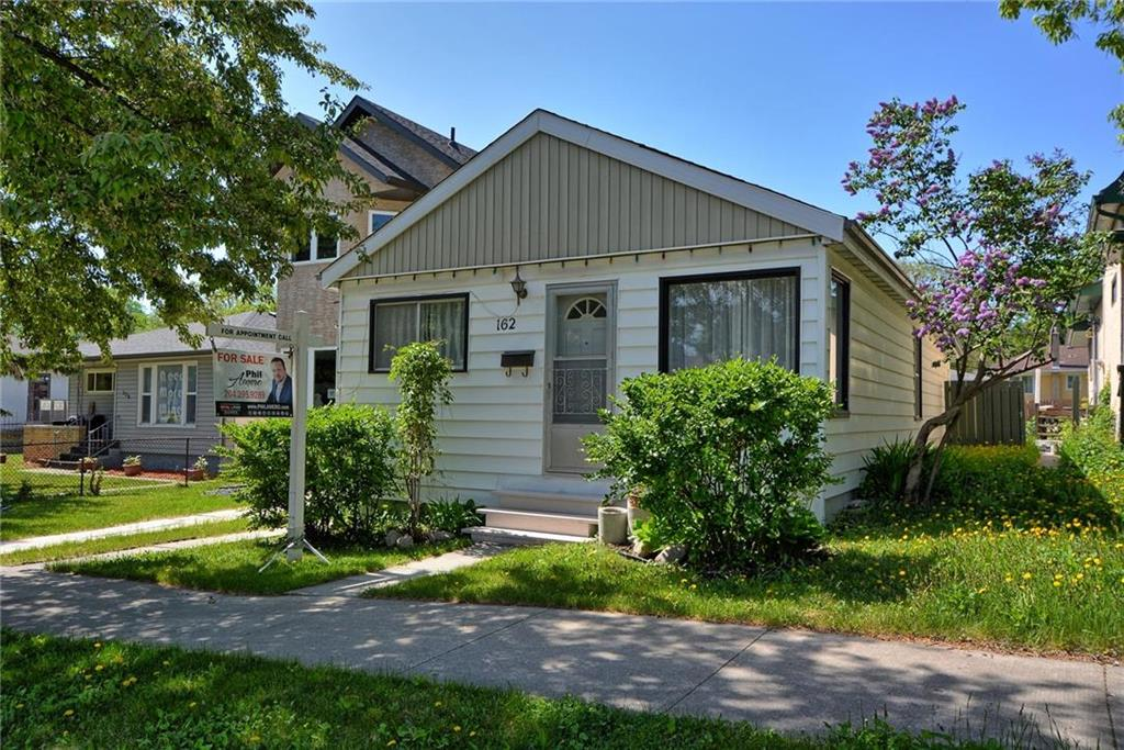 FEATURED LISTING: 162 Burrin Avenue Winnipeg