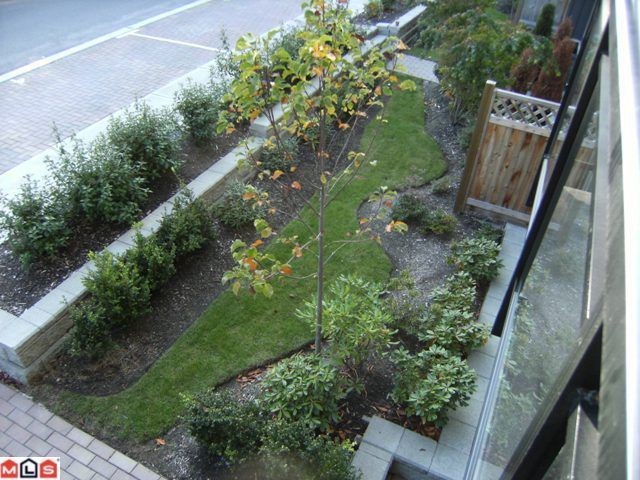 "Photo 7: 205 15368 17A Avenue in Surrey: King George Corridor Condo for sale in ""Ocean Wynde"" (South Surrey White Rock)  : MLS® # F1100152"