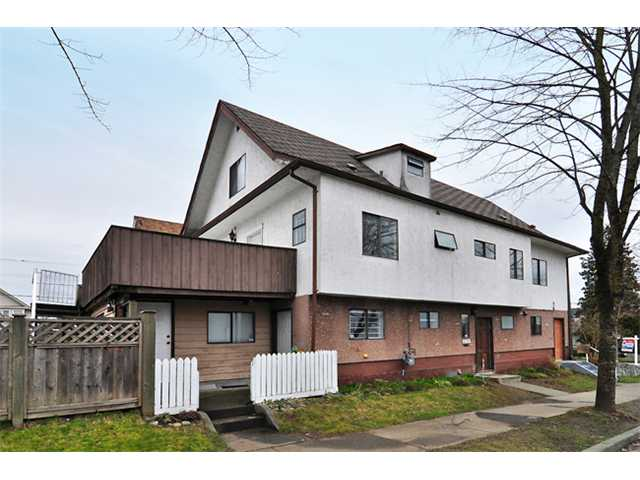 Main Photo: 3191 E GEORGIA Street in Vancouver: Renfrew VE House for sale (Vancouver East)  : MLS® # V866990