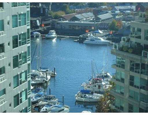 "Main Photo: 1408 1500 HORNBY Street in Vancouver: False Creek North Condo for sale in ""888 BEACH"" (Vancouver West)  : MLS® # V720670"