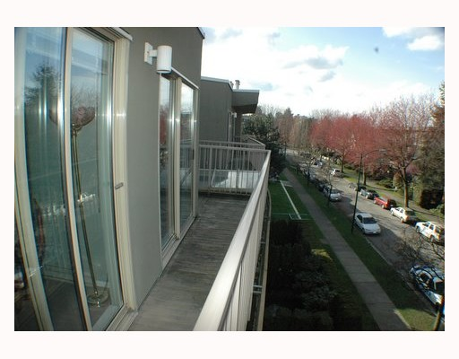 "Photo 8: 418 1820 W 3RD Avenue in Vancouver: Kitsilano Condo for sale in ""MONTEREY"" (Vancouver West)  : MLS(r) # V813307"
