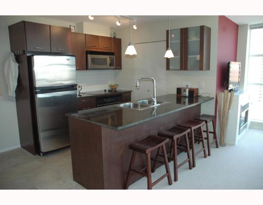 "Photo 2: 2002 1155 SEYMOUR Street in Vancouver: Downtown VW Condo for sale in ""BRAVA"" (Vancouver West)  : MLS(r) # V775700"