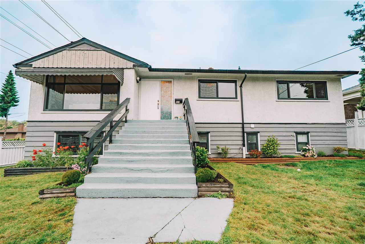 FEATURED LISTING: 937 TENTH Street New Westminster