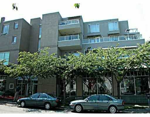 "Main Photo: 333 1979 YEW Street in Vancouver: Kitsilano Condo for sale in ""CAPERS"" (Vancouver West)  : MLS®# V808341"