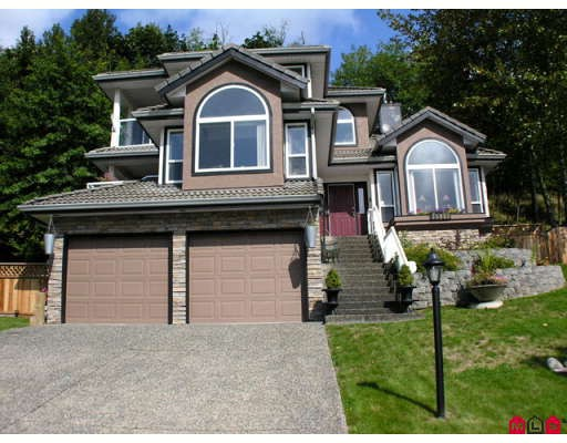 "Main Photo: 35943 REGAL Parkway in Abbotsford: Abbotsford East House for sale in ""REGAL PEAKS ESTATES"" : MLS® # F2920162"