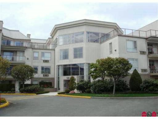 "Main Photo: 305 2626 COUNTESS Street in Abbotsford: Abbotsford West Condo for sale in ""Wedgewood"" : MLS®# F2923199"