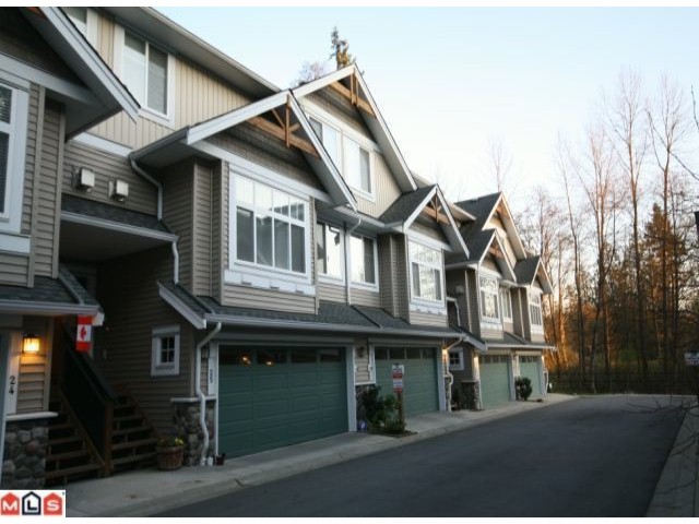 "Main Photo: 25 21704 96TH Avenue in Langley: Walnut Grove Townhouse for sale in ""REDWOOD BRIDGE ESTATES"" : MLS® # F1006359"