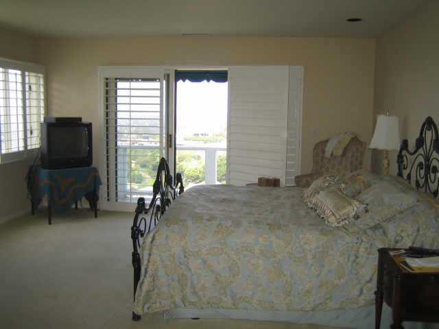 Photo 6: LA JOLLA Residential Rental for rent : 3 bedrooms : 7375 Caminito Bassano