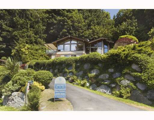 Main Photo: 1980 OCEAN BEACH ESPLANADE BB in Gibsons: Gibsons & Area House for sale (Sunshine Coast)  : MLS® # V753918