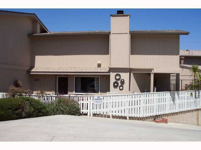 Main Photo: OCEAN BEACH Condo for sale : 2 bedrooms : 3985 Wabaska #13 in San Diego