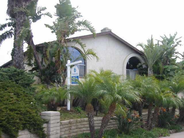 Main Photo: CLAIREMONT Residential for sale : 3 bedrooms : 3819 Strong Dr in San Diego
