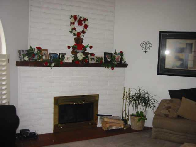 Photo 3: CLAIREMONT Residential for sale : 3 bedrooms : 3819 Strong Dr in San Diego