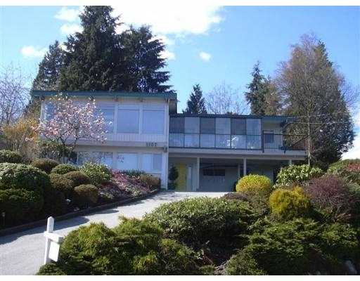 "Main Photo: 1107 TUXEDO DR in Port Moody: College Park PM House for sale in ""COLLEGE PARK"" : MLS®# V542834"