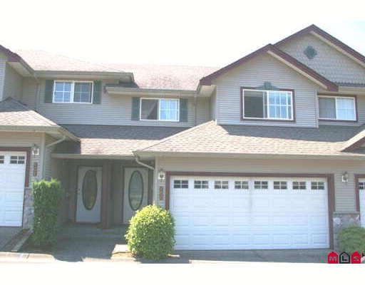"Main Photo: 100 46360 VALLEYVIEW Road in Sardis: Promontory Townhouse for sale in ""APPLE CREEK"" : MLS® # H2803711"