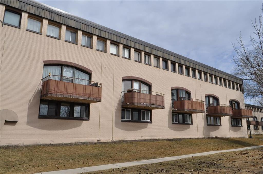 FEATURED LISTING: 4 3483 Portage Avenue Winnipeg