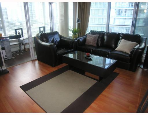 Photo 2: 906 688 ABBOTT Street in Vancouver: Downtown VW Condo for sale (Vancouver West)  : MLS® # V788314