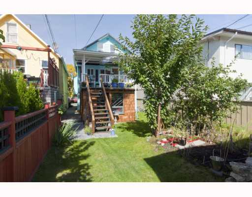 "Photo 10: 788 E 19TH Avenue in Vancouver: Fraser VE House for sale in ""CEDAR COTTAGE"" (Vancouver East)  : MLS® # V790387"
