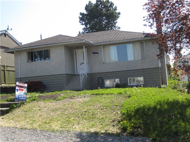 Photo 2: 60 N RANELAGH Avenue in Burnaby: Capitol Hill BN House for sale (Burnaby North)  : MLS(r) # V797188