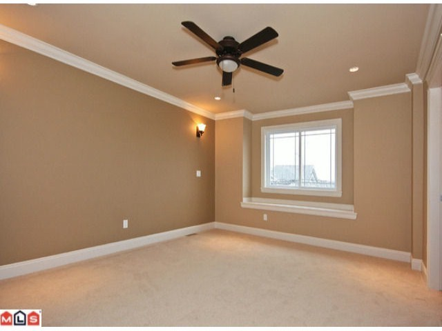 Photo 7: 5899 148TH Street in Surrey: Sullivan Station House for sale : MLS® # F1021967
