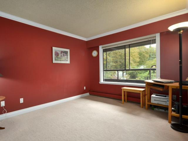 "Photo 10: Photos: 305 114 E WINDSOR Road in North Vancouver: Upper Lonsdale Condo for sale in ""THE WINDSOR"" : MLS®# V853720"
