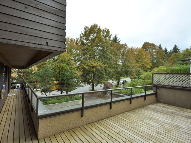 "Photo 11: Photos: 305 114 E WINDSOR Road in North Vancouver: Upper Lonsdale Condo for sale in ""THE WINDSOR"" : MLS®# V853720"