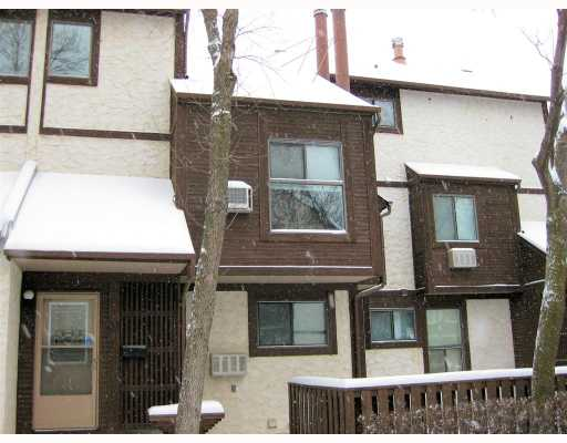 Main Photo: 120 NIAKWA Road in WINNIPEG: St Vital Condominium for sale (South East Winnipeg)  : MLS(r) # 2822415