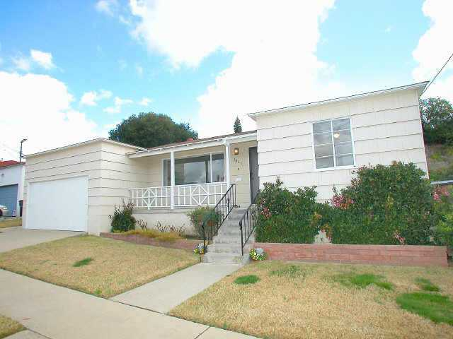 Main Photo: SAN DIEGO Residential for sale : 4 bedrooms : 3061 Chollas Rd