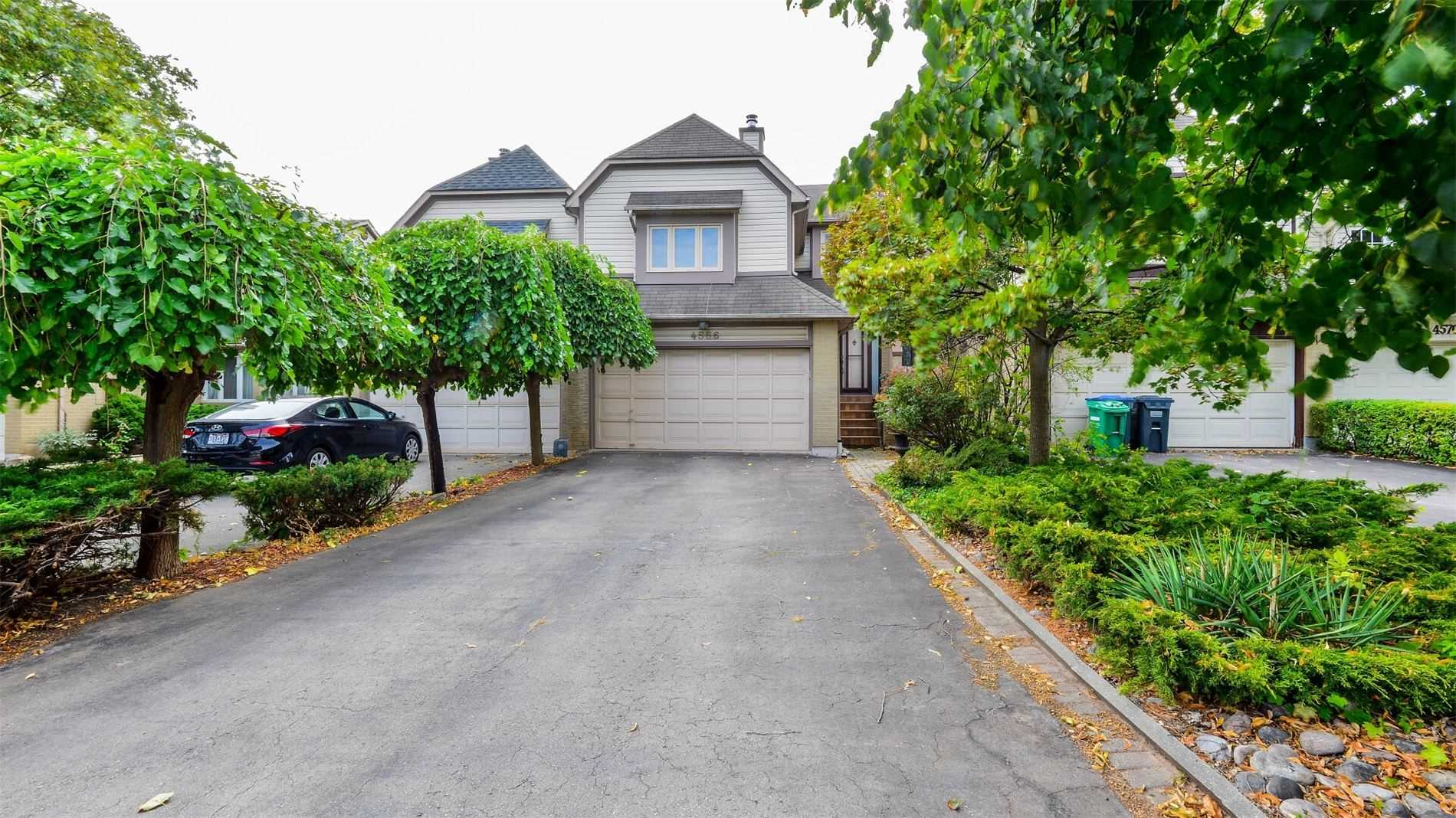 FEATURED LISTING: 4566 Bay Villa Avenue Mississauga