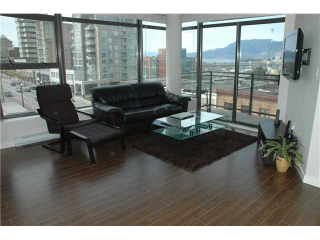 "Photo 3: 607 1068 W BROADWAY in Vancouver: Fairview VW Condo for sale in ""THE ZONE"" (Vancouver West)  : MLS(r) # V851960"