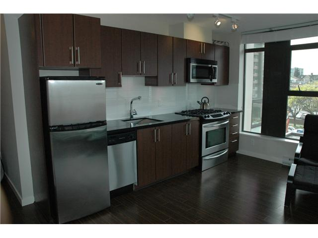 "Photo 5: 607 1068 W BROADWAY in Vancouver: Fairview VW Condo for sale in ""THE ZONE"" (Vancouver West)  : MLS(r) # V851960"