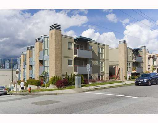 "Main Photo: PH4 1195 W 8TH Avenue in Vancouver: Fairview VW Condo for sale in ""ALDER COURT"" (Vancouver West)  : MLS® # V768968"
