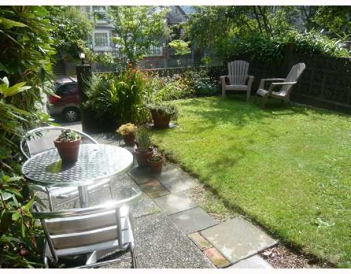 Photo 9: 879 KEEFER Street in Vancouver: Mount Pleasant VE House for sale (Vancouver East)  : MLS(r) # V787532