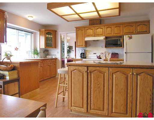"Photo 2: 2639 DAYBREAK LN in Abbotsford: Abbotsford East House for sale in ""THE BLUFFS"" : MLS(r) # F2618892"