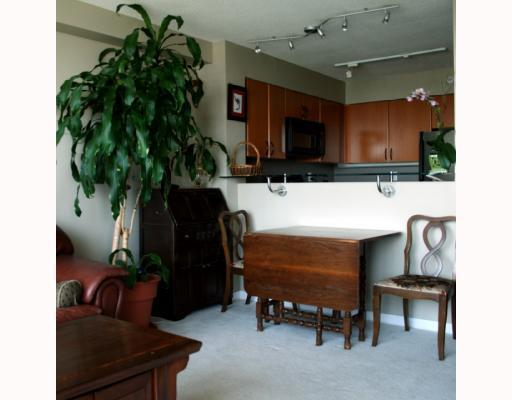 Photo 5: 2308 63 KEEFER Place in Vancouver: Downtown VW Condo for sale (Vancouver West)  : MLS(r) # V786386