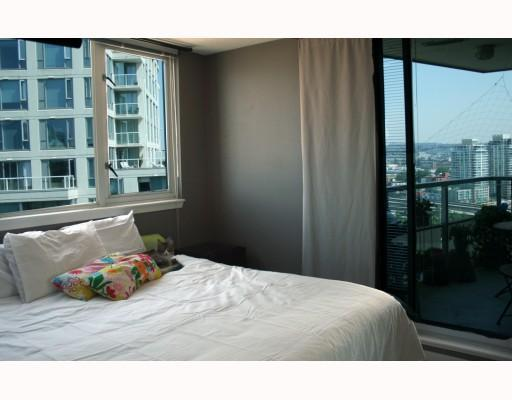 Photo 9: 2308 63 KEEFER Place in Vancouver: Downtown VW Condo for sale (Vancouver West)  : MLS(r) # V786386