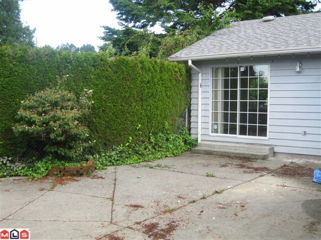 Photo 2: 2991 BERKS Street in Abbotsford: Abbotsford East House for sale : MLS(r) # F1017329