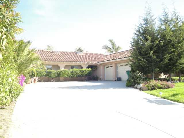 Main Photo: OCEANSIDE House for sale : 3 bedrooms : 4423 San Joaquin Street