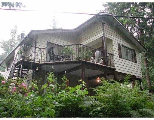 Main Photo: 1312 SUNNYSIDE DR in North Vancouver: Capilano NV House for sale : MLS® # V540458