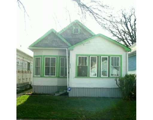 Main Photo:  in Winnipeg: East Kildonan Single Family Detached for sale (North East Winnipeg)  : MLS® # 2616352