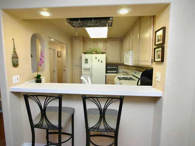 Photo 4: POWAY Residential for sale : 3 bedrooms : 12806 Carriage Heights Way