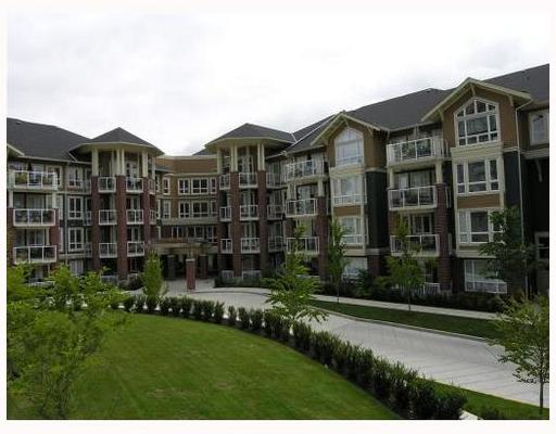 "Main Photo: 306 14 E ROYAL Avenue in New_Westminster: Fraserview NW Condo for sale in ""VICTORIA HILL LOWRISE"" (New Westminster)  : MLS(r) # V734099"