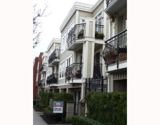 "Main Photo: 302 658 W 7TH Avenue in Vancouver: Fairview VW Condo for sale in ""LIBERTE"" (Vancouver West)  : MLS®# V755658"