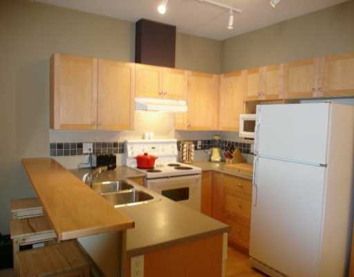 "Photo 4: 1675 W 10TH Ave in Vancouver: Fairview VW Condo for sale in ""NORFOLK HOUSE"" (Vancouver West)  : MLS(r) # V614465"