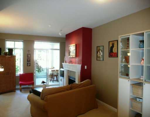 "Photo 5: 1675 W 10TH Ave in Vancouver: Fairview VW Condo for sale in ""NORFOLK HOUSE"" (Vancouver West)  : MLS(r) # V614465"