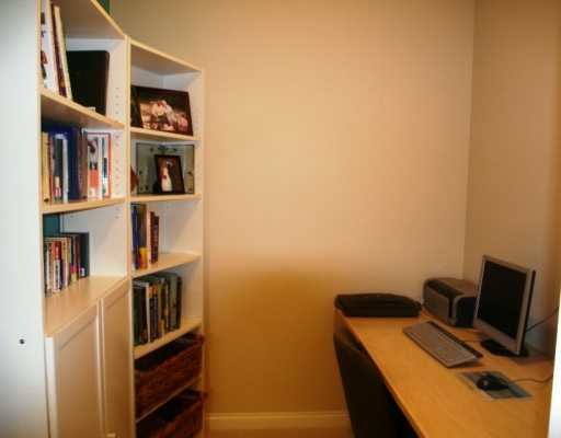 "Photo 3: 1675 W 10TH Ave in Vancouver: Fairview VW Condo for sale in ""NORFOLK HOUSE"" (Vancouver West)  : MLS(r) # V614465"