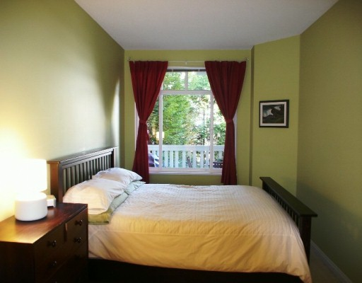 "Photo 2: 1675 W 10TH Ave in Vancouver: Fairview VW Condo for sale in ""NORFOLK HOUSE"" (Vancouver West)  : MLS(r) # V614465"