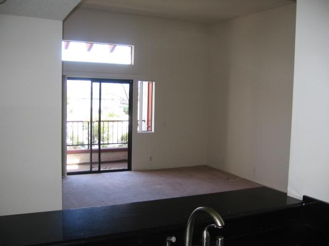 Photo 3: SAN DIEGO Condo for sale : 2 bedrooms : 3955 Faircross #80