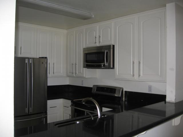 Photo 2: SAN DIEGO Condo for sale : 2 bedrooms : 3955 Faircross #80